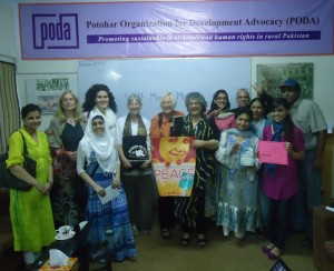 Photo of Ann Wright meeting WILPF Pakistan
