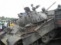 Picture of rebel tank entering Goma