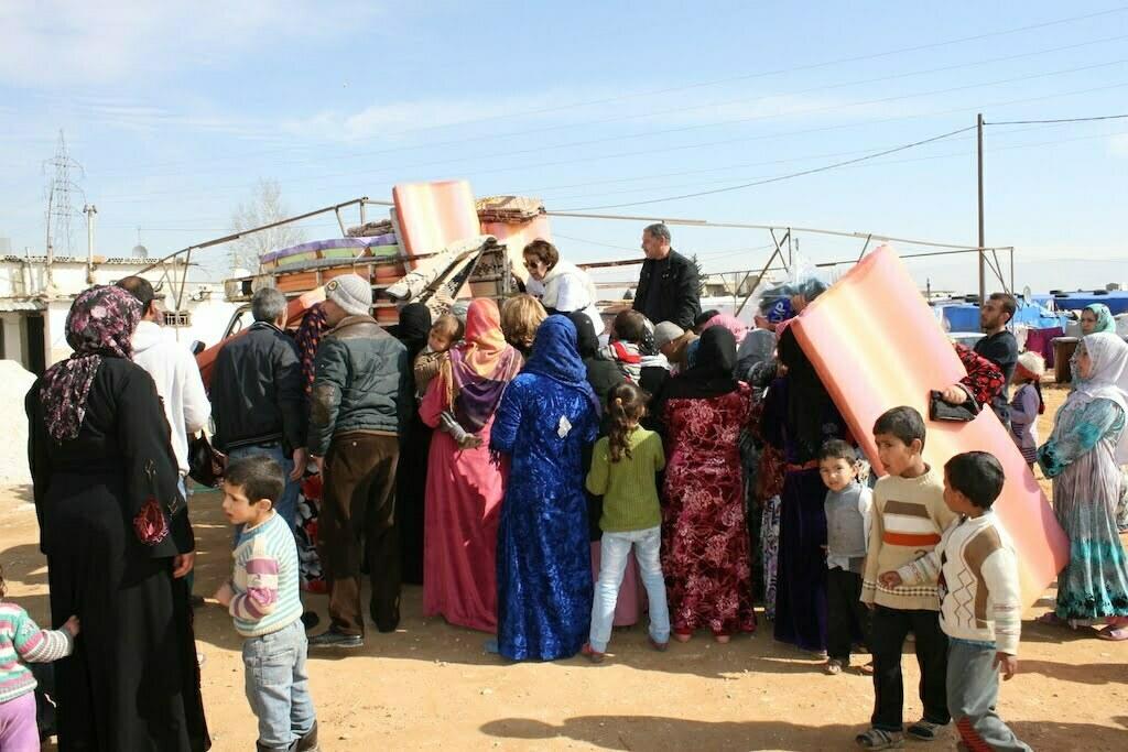 WILPF Lebanon distributing aid