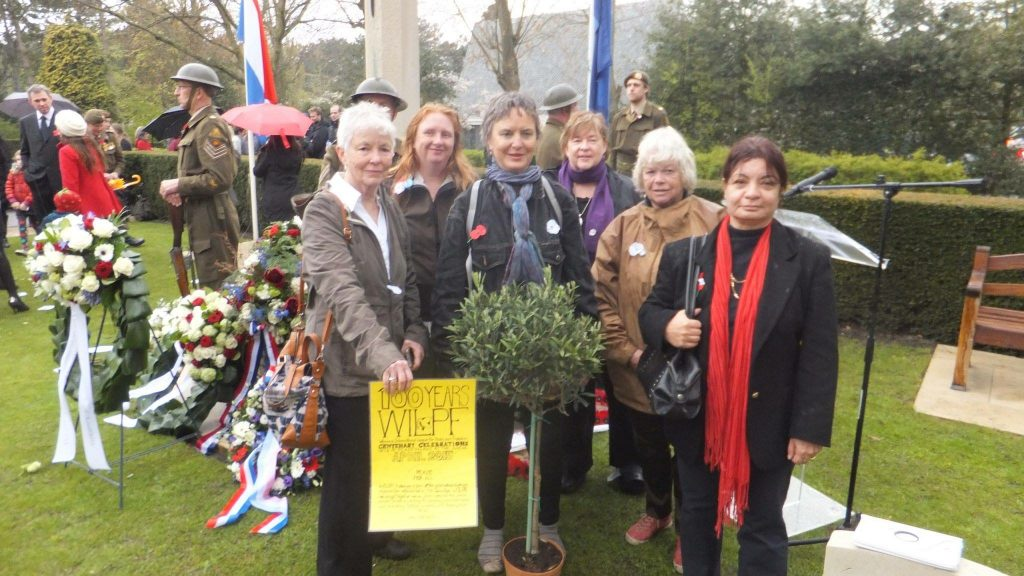 Participants at ANZAC day 25 June Hague